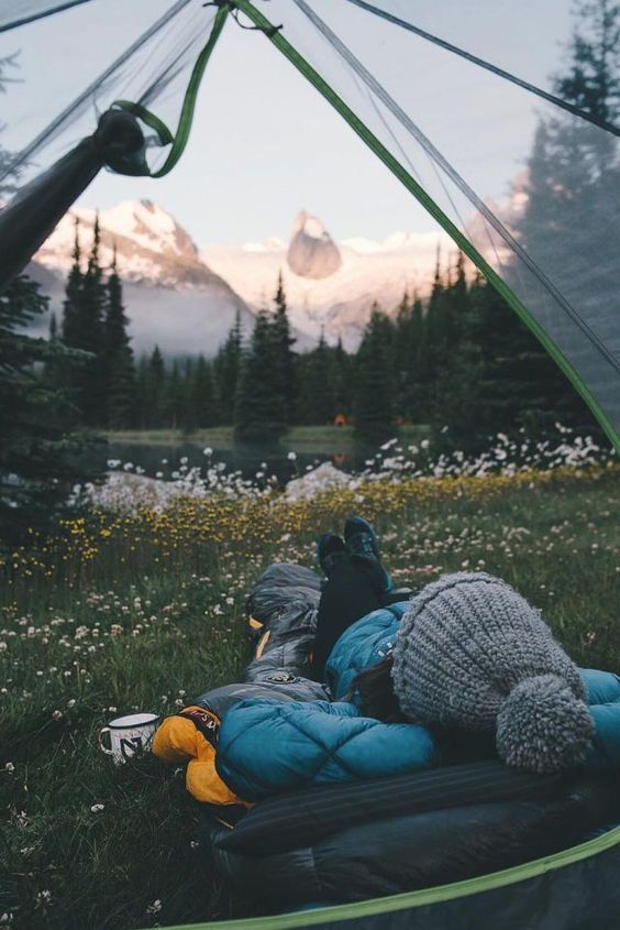 what to wear camping in cold weather